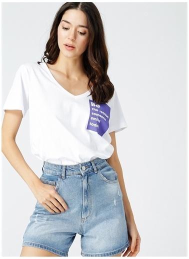 Fabrika Fabrika Kadın Beyaz Baskılı V Yaka T-Shirt Beyaz